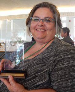 Linda West with Lone Pine Award